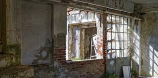 demolition-contractor