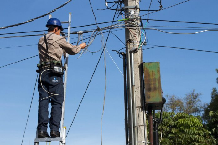 A Guide To Finding Reliable Electrical Contractors