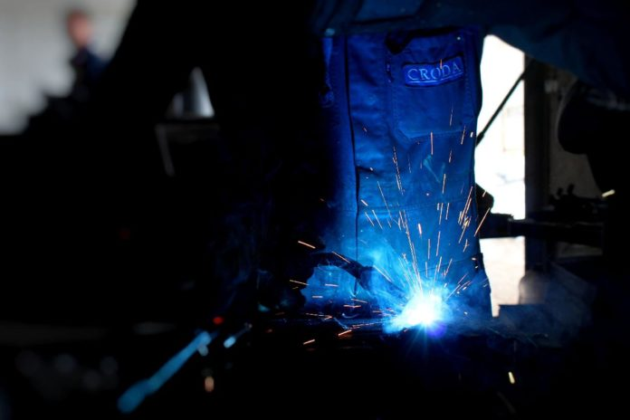 Understanding the Uses of Stainless Steel Weld Cleaning Machine