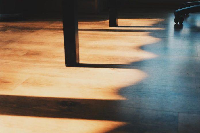 Vinyl Flooring or Laminate Flooring