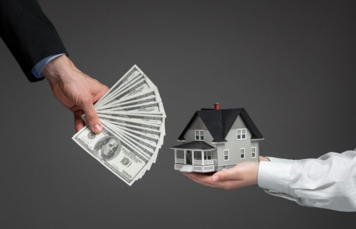 The Rewarding Benefits of Selling Your Home to a Cash Buyer