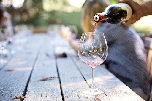 Tips To Choose The Perfect Wine Gift For Your Loved Ones 1