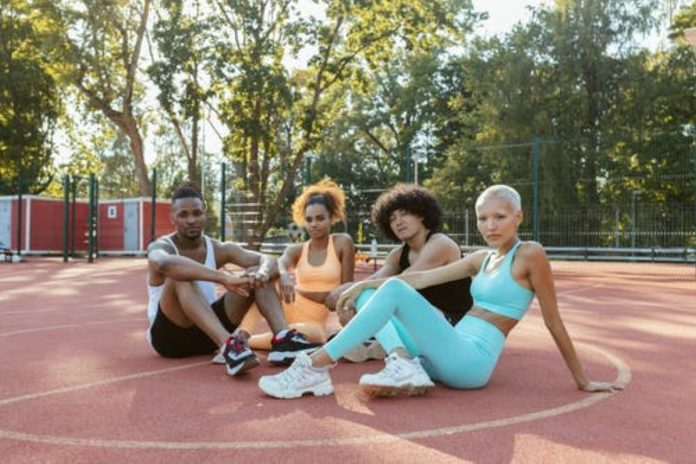 12 Different Unisex Sportswear For All Age Groups